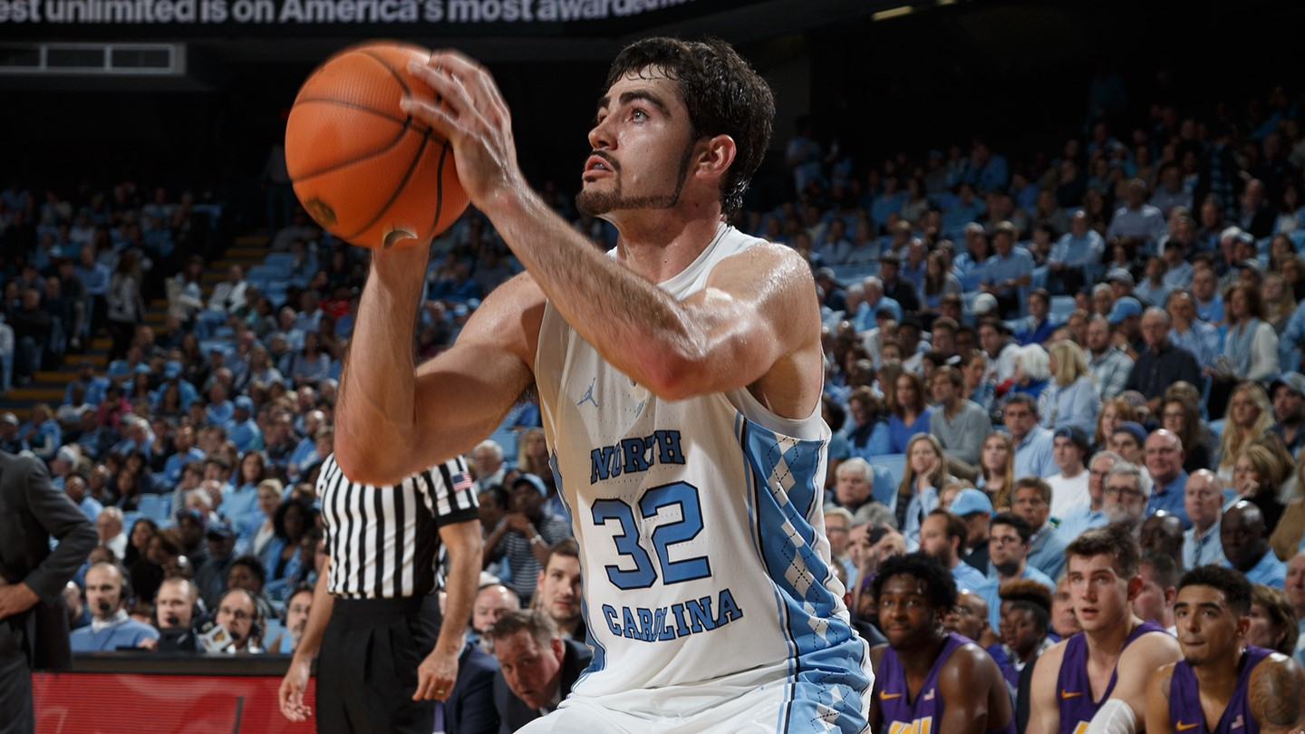 BasketballNcaa - Luke Maye - North Carolina