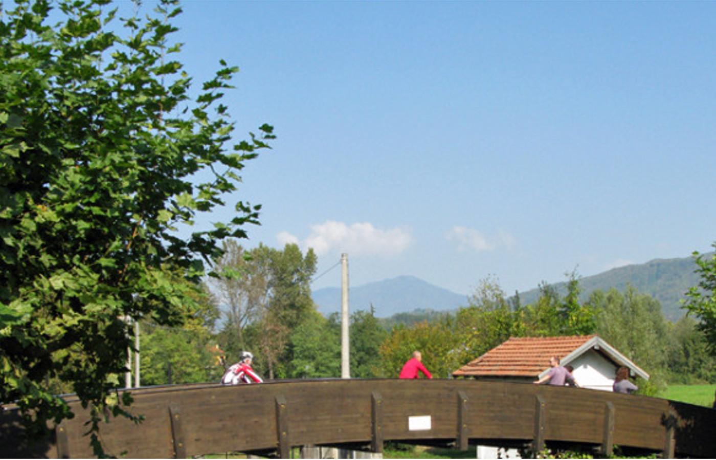 Roba da bambini - Giro del lago di Varese_d