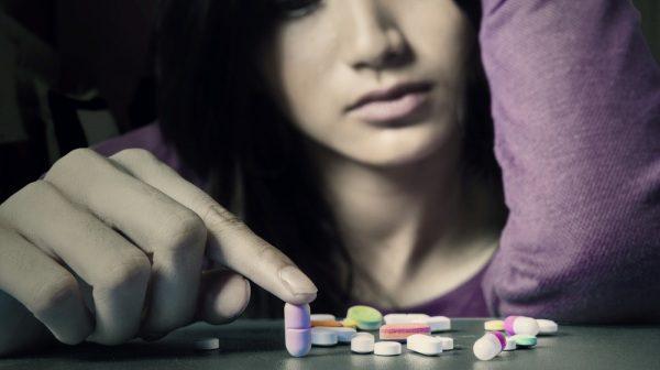 Adolescenti e droghe sintetiche: come proteggere i propri figli