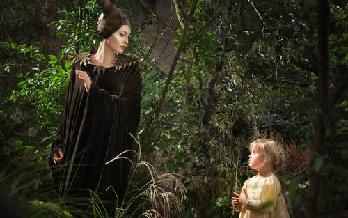 """""""Maleficent"""" e l'elogio della maternità adottiva"""