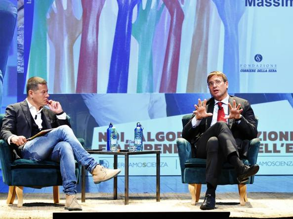 BergamoScienza, i giovani iperconnessi: «La tecnologia non è l'unica causa»