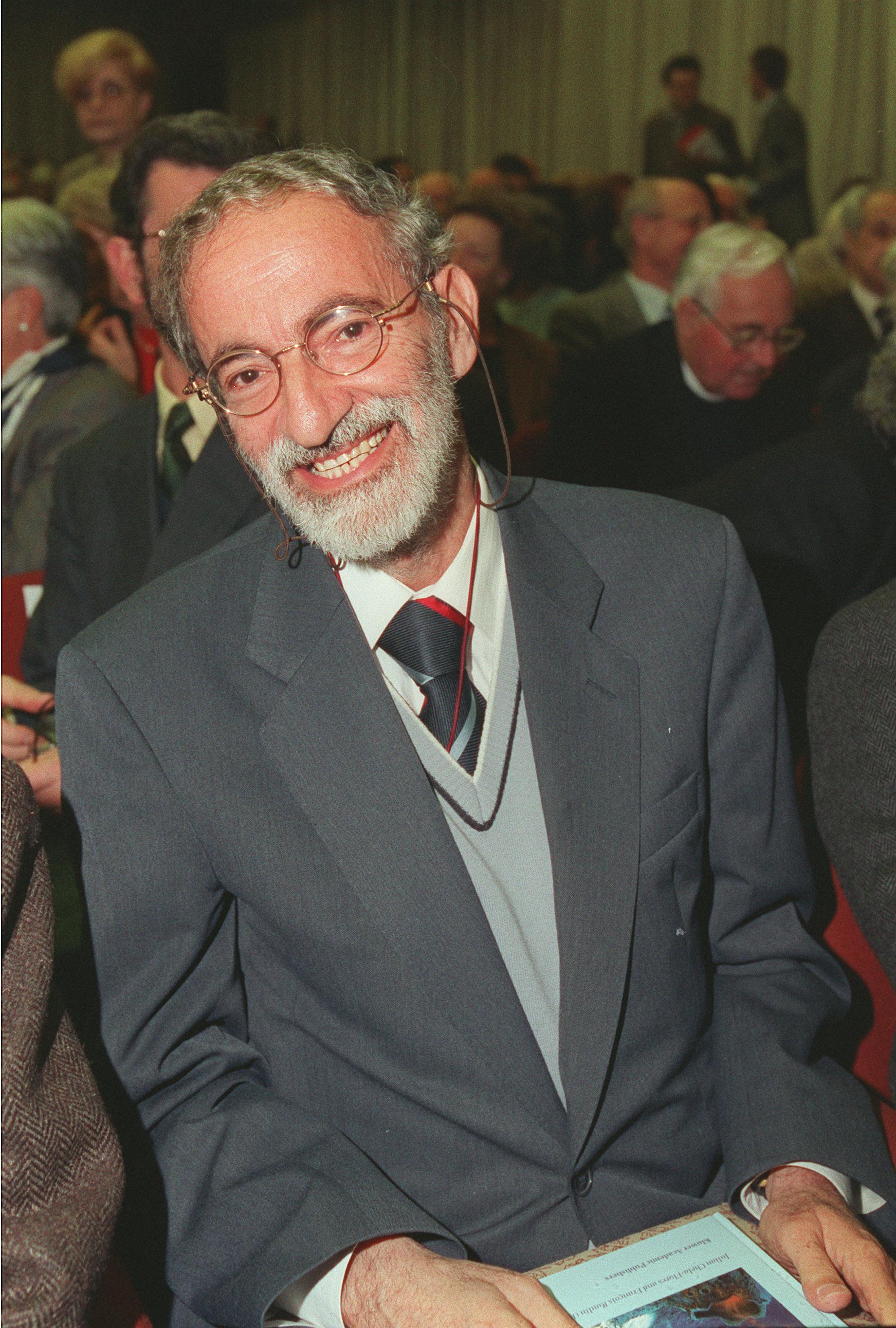 1998, X edizione: Julian Chela Flores