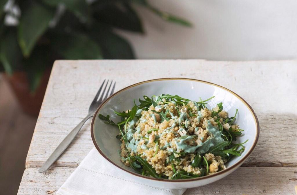 Let's eat green ep.6: Quinoa con rucola, anacardi e green dressing
